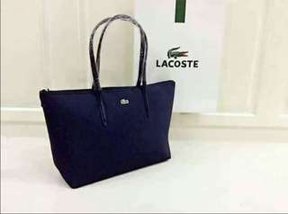 Lacoste shoulder bag class A size:16×12×5 inches