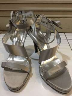 "High heels 3.5"" silver bow sandal heels"