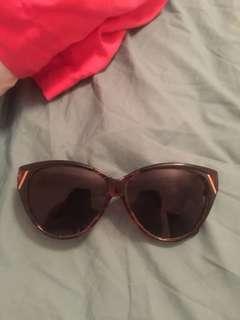 Leopard Cat Eye Sunglasses Good Condition