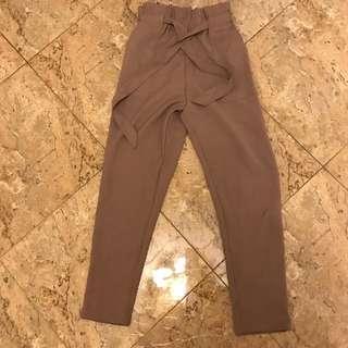 Waist tie-up pants