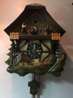 早期德國咕咕鐘 ,少松果賣給會修的人