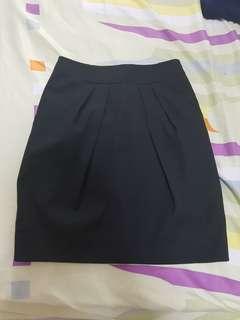 🚚 Mango office skirt