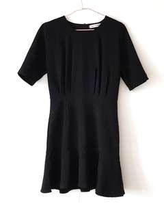 TRACYEINNY Black Trumpet Hem Dress