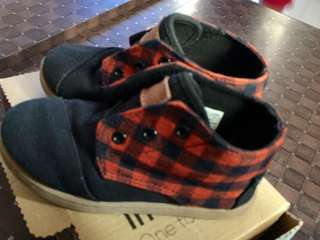 Slightly used TOMS shoes for kids