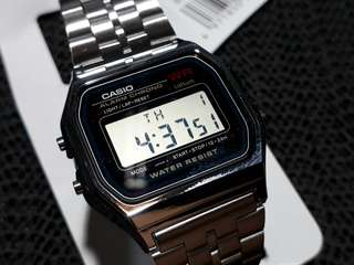 Casio A159WA-N1DF classic digital watch