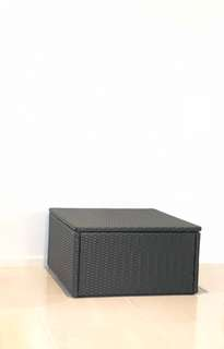 Square wicker storage box. Excellent Condition !!!