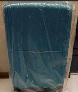 Brand New Samsonite Orfeo 69cm