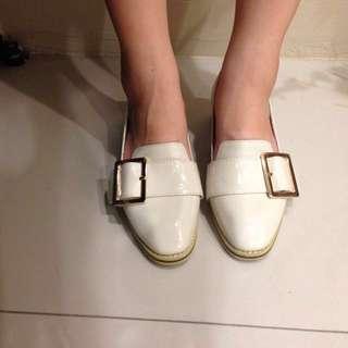 🚚 降價!Amai 漆皮方頭寬版皮帶鞋 杏 36號(附鞋盒、防塵袋、售後服務保固卡) #手滑買太多