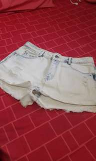 stradivarius high waist hotpants