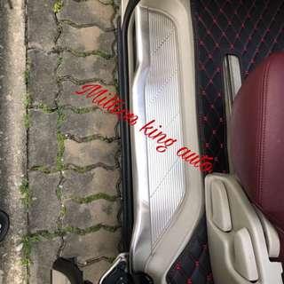 Toyota Estima Full Cover Scuff Plate