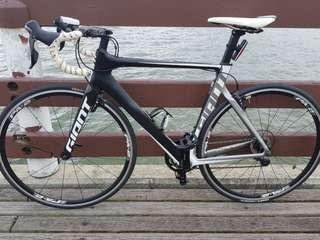 Giant Propel Advanved 2 Carbon Aero Road bike