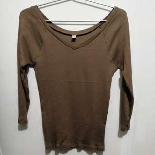 Brown Long Sleeved Blouse (Uniqlo M sized)