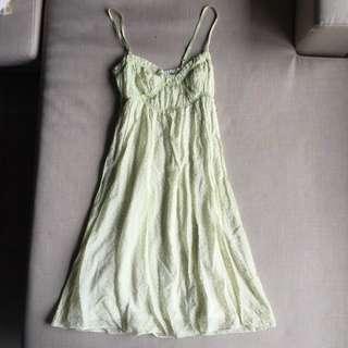 夏天必備性感洋裝