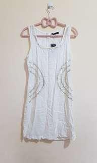 CHICABOOTI beige dress