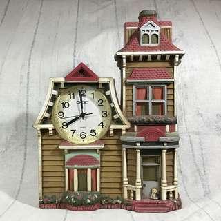 歐風小屋擺飾掛鐘