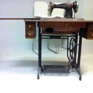 Vintage Raleigh Sewing Machine