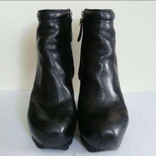 CAMILLA SKOVGAARD Ankle boot wedge
