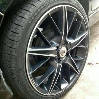 OZ RACING QUARANTA 17 RIMS WITH TYRES