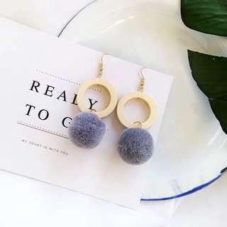 Korean woody grey poompoom earrings