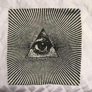 Grey T-Shirt Illuminati Graphic Logo