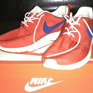 Nike Roshe One (Red and Blue)