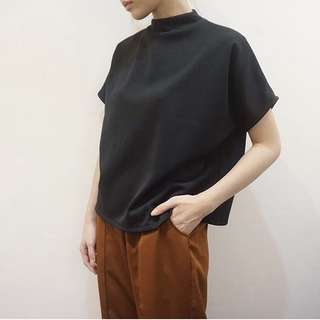 Your Pafon Boxy Black Top