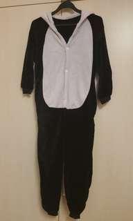 Panda onesie size 140