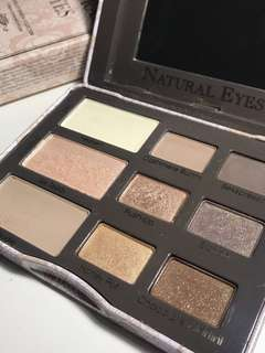 Two faced natural eyes palette