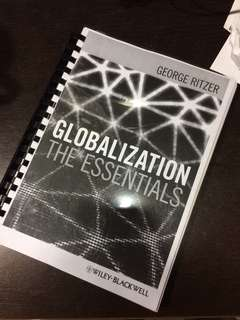 Globalization : The Essentials