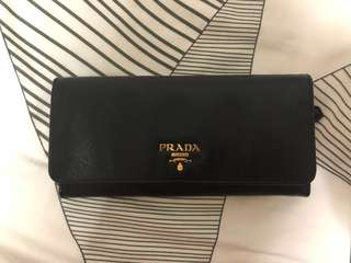 AUTHENTIC PRADA SAFFIANO LONG FOLD WALLET IN BLACK