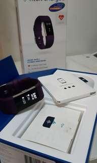 行貨 Fitbit charge 2 purple sizeS