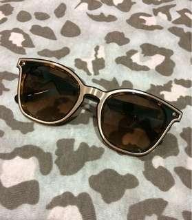 """Gaze"" Sunglasses"