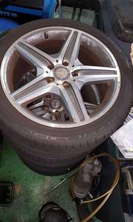 Mercedes AMG Rims with Tires 18 inch tire only 30% used