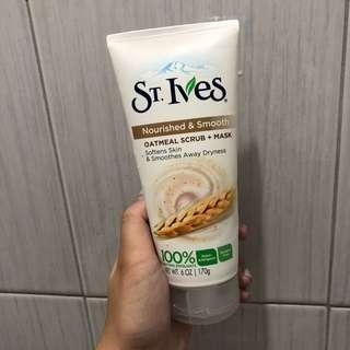 ST. Ives Oatmeal Scrub