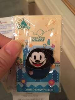 Disney Oswald pins 迪士尼 奧斯華 徽章 會員限定 花蛋章