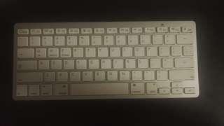 藍牙無線鍵盤Bluetooth wireless keyboard(not 100%work,請慎重)