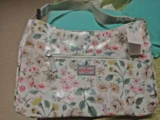 SALE: Cath kidston original-Curved shoulder bag flower design (orig price: 4,300)