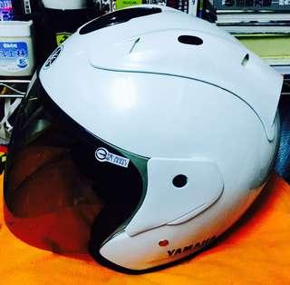 Yamaha 原廠購車贈送安全帽 男女皆可