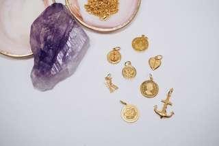 916 gold pendants