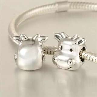 Code SS764 - Cheerful Cow 100% 925 Sterling Silver Charm, Chain Is Not Included, Compatible With Pandora
