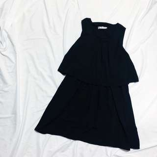 🚚 OB Design 前領皺褶黑色百搭無袖洋裝