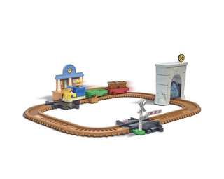 Paw Patrol, Adventure Bay Railway Track Set with Exclusive Vehicle Rubble Chase