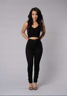 Fashion Nova Super High Waist Denim Skinnies 有彈性!超級高腰合身黑色褲子
