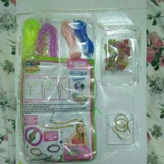 Bracelet Making Kit (toy)