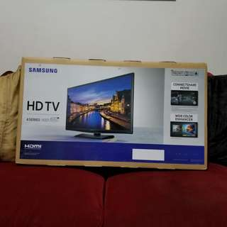 Samsung HD TV 4 Series 24""