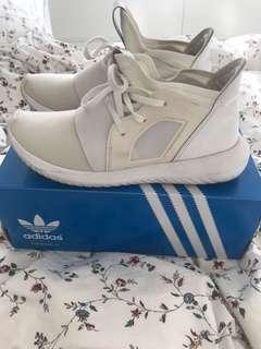 Adidas Tubular Definant size 6