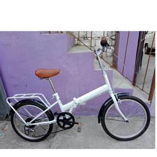 SYDNIA FOLDING BIKE (FREE DELIVERY AND NEGOTIABLE!)