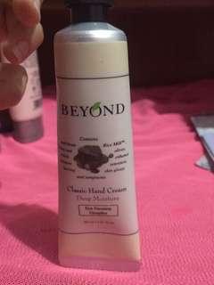 Beyond Classic Hand Cream Deep Moisture