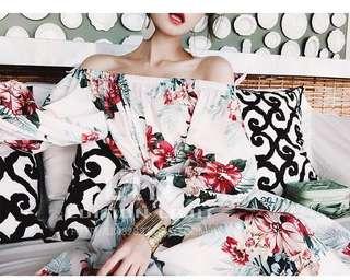 🚚 Candy w褶皺荷葉邊印花氣質一字領洋裝下標區