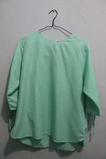 Blouse mint green